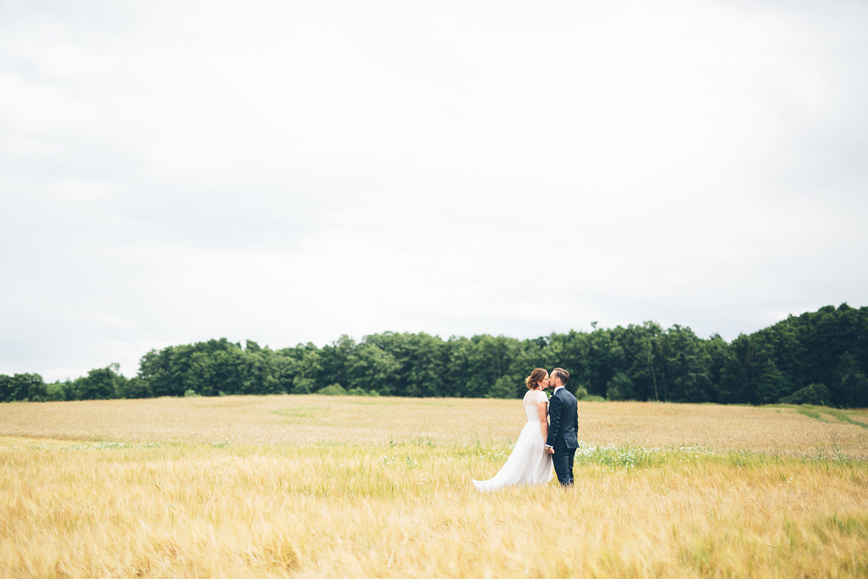 bröllopsfotografering strömma farmlodge